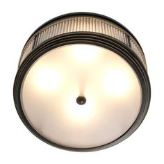 Eichholtz This flush mount inspired by luxurious retro interiors to create a radiant ambiance. It is the perfect addition to elevate your interior in style.