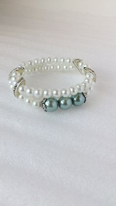 Pearl bracelet, bracelets, handmade bracelets, bride bracelet, beaded bracelets, wedding bracelet, stretch bracelet, rhinestone bracelet by TheAccessorieBox on Etsy