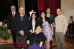 Villanueva de los Infantes - Las Fiestas de Cruces y Mayos arrancan con un emotivo acto en el que fue nombrada Hija Adoptiva Mª del Rosario Granados Moya