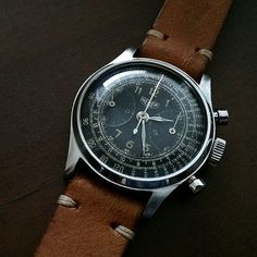 "Rare ""big eye"" subregister Heuer Landeron 13 screwback case"