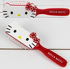 HELLO KITTY RED COLOR PLASTIC HANDLE COMB