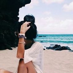 Image via We Heart It #accessories #beach #beautiful #beauty #blue #cute #fashion #girl #grunge #hairstyle #indie #inspiration #jealous #kimono #love #ocean #rocks #sea #shirt #summer #sunglasses #tumblr #vacation #view #want #waves #yes #comingsoon #highbun #noschool
