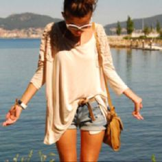 i've set my theme for summer this year. baggy all the way. :)