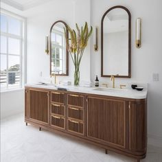 """Tineke Triggs on Instagram: """"When it comes to designing a bathroom remember 2 things. First make your vanity look like a piece of furniture and second have beautiful…"""" Black And White Interior, Double Vanity, Bathing, Minimalism, Things To Come, Make It Yourself, Storage, Modern, House"""