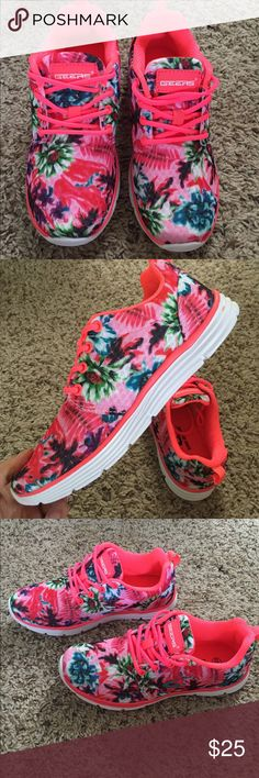 Floral pattern summer sneakers Cute floral pattern mesh. Shoe is lined 100%. Pink is bright neon pink for trim and laces. Geers Shoes Sneakers