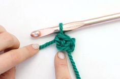 The Foundation Single Crochet replaces chaining when starting a new crochet project. Learn why and how to do make this great stitch!