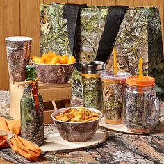 Assorted Camo Kitchen 6 Piece Linen Real Tree from American ...
