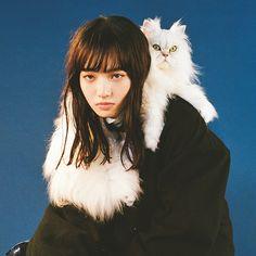 """iiwaken: """" トレンドの冬コート、どうすれば可愛くなる? 小松菜奈が教えます。 """""""