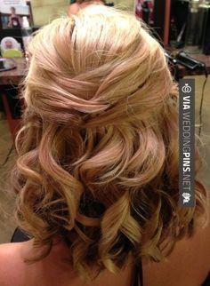 wedding hairstyles for short hair Bridal updo for short or medium length hair. Half up wedding style. | @hair_by_laurasteiner