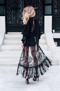 lace & fringe hem #style #fashion