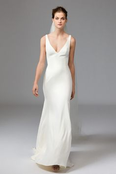 Watters Bridal Clean, classic and chic. Leona is ideal for the modern minimalist. This V-Neck, Silk Georgette gown is lined with Stretch Satin, creating a Simple Wedding Gowns, Minimalist Wedding Dresses, Elegant Wedding Dress, Wedding Ideas, Wedding Inspiration, Mermaid Dresses, Bridal Dresses, Bridesmaid Dresses, Wedding Gown Cleaning