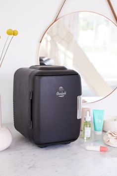 Shop Cooluli Mini Beauty Refrigerator at Urban Outfitters today. We carry all the latest styles, colors and brands for you to choose from right here. Essential Oil Candles, Essential Oil Diffuser, Mini Fridge, Refrigerator, Beauty Care, Beauty Skin, Women's Beauty, Beauty Tips, Organizer Makeup