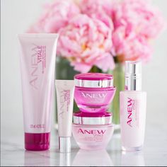 ANEW Vitale Collection is our favorite regimen for keeping skin bright and moisturized during dull winter months. #ANEWyou