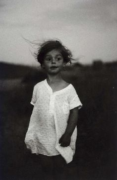 Diane Arbus: Child in a Nightgown, Shelter Island, New York, 1957