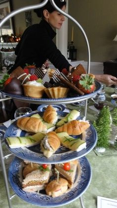 Contract caterers make sure your staff have the best and healthiest food to allow your staff to work to the best of their abilities. http://www.talkingcontractcatering.co.uk/