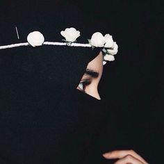 Cute Muslim Couples, Muslim Girls, Muslim Women, Anime Muslim, Muslim Hijab, Hijabi Girl, Girl Hijab, Hijab Niqab, Mode Hijab