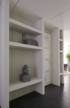 RTL Woonmagazine 2015 afl.2 Cabinet Door Storage, Cabinet Doors, Home And Living, Home And Family, Living Room Cabinets, Donia, Creative Home, Home Renovation, My Dream Home