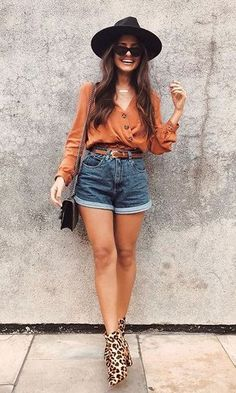 Look Short Jeans + Ankle Boot Animal Print