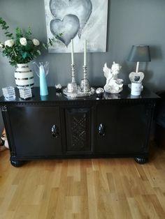 Flott gammel skjenk   FINN.no Cabinet, Storage, Interior, Furniture, Home Decor, Clothes Stand, Purse Storage, Decoration Home, Indoor