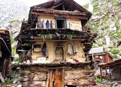 "A old 3 story House in #Kinnaur, #Himachal, #India! The house frame is made of huge wooden logs, & stone, known as ""Kath-Kuni"" The walls are plastered with clay (locally called SHA-KAAM) mixed with #cow dung, and the empty space trapped between the wall act as insulator , keeping the house cozy in #winters and preventing from being crazy hot in #summers.  Their roofs are made of special type of Stone slate and can bear any kind of weather condition! Such #homes lasts for centuries…"