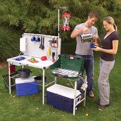 Camping Diy, Camping Table, Camping Hacks, Outdoor Camping, Camping Kitchen Set Up, Outdoor Food, Camping Stove, Camping Items, Portable Camp Kitchen