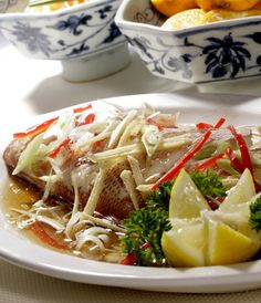tim ikan kakap Thai Recipes, Pork Recipes, Fish Recipes, Asian Recipes, Cooking Recipes, Indonesian Food, Indonesian Recipes, Cooking Classes, Diy Kitchen