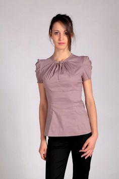 530e0c7fc45 Elegant woman shirt