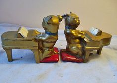 Vintage bulldog bookends