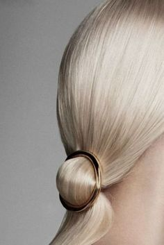 Gold or Silver Round Hair Clip