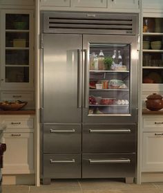 Are glass door refrigerators the next big thing? This is a Sub Zero Pro The glass door will add character to any kitchen! Glass Door Refrigerator, Side By Side Refrigerator, Subzero Refrigerator, Refrigerator Freezer, Big Fridge, Large Fridge, Vignette Design, Shabby Chic Kitchen, Decorating Kitchen
