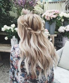Consider these gorgeous hair styles for your next formal occasion | down with a loose braid and waves by 'KRISTIN ESS HAIR'