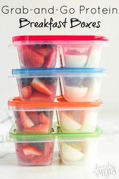 Healthy Grab and Go Protein Breakfast Boxes - Family Fresh Meals breakfast or lunchbox idea familyfreshmeals easylunchboxes breakfast healthylunchbox snackbox cleaneatingprotein 222154194105942456 Healthy Meal Prep, Healthy Breakfast Recipes, Healthy Drinks, Healthy Snacks, Healthy Eating, Healthy Recipes, Weight Watchers Lunches, Weight Watchers Breakfast, Weight Watchers Diet