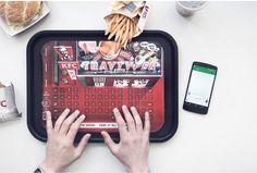 Manteles de papel que son tambien teclados inalámbricos conectados al móvil. By KFC Vía @merca
