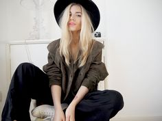 http://isabellathordsen.dk/   - Wearing my all time favourite hair trend:  Off-centre parting and suede jacket. Wide leg trousers + trainers