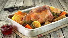 LAMMESTEK MED SITRON, HVITLØK OG ROTGRØNNSAKER Lamb Dinner, Turkey, Meat, Food, Dinners, Dyes, Peru, Beef, Dinner Parties