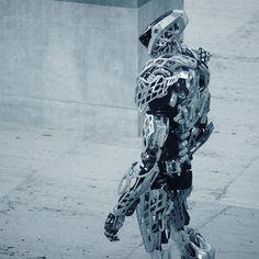 7,292 отметок «Нравится», 46 комментариев — Vitaly Bulgarov (@vitalybulgarov) в Instagram: «Another angle for for previously posted robot concept I made for Hankook Mirae Technology. #robot…»