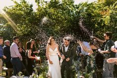 This is all about extreme happiness 🥰 J&D . . . . Vestido de novia: @mlvnovias Maquillaje y peinado: @maquillandote.cl . #wedding…
