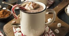 Στο dimitrisskarmoutsos.gr, ο γνωστός σεφ μάς λεει πώς να φτιάξουμε μία υπέροχη ζεστή σοκολάτα για να συνοδεύει τα κρύα βράδια …