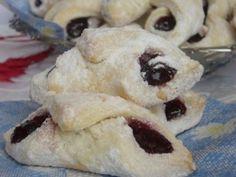 Baking Recipes, Cake Recipes, Romanian Food, Romanian Recipes, Homemade Sweets, Homemade Food, Always Hungry, Food Cakes, Christmas Baking