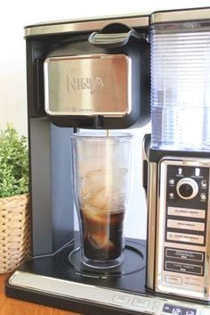 A Coffee Lovers Dream - A Review of the Ninja Coffee Bar System Iced Coffee At Home, Best Coffee, Coffee Drinks, Ninja Bar, Ninja Coffee Bar Recipes, Espresso, Iced Cappuccino, How To Make Ice Coffee, Coffee Subscription