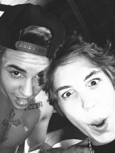 Justin Bieber and Matthew Espinosa on Justin's bday bash Justin Bieber Birthday, Justin Bieber 2015, Justin Bieber Pictures, Matthew Espinosa, Bae, Alesso, The Other Guys, Jack Johnson, Magcon Boys