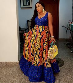 welcome to another new week, a lot of lovely styles were seen during the weekend, especially styles made with Ankara prints/ African Ankara fabric. Latest Ankara Fashion Style Gowns, Dresses and Tops Latest Ankara styles 2018 Ankara Long Gown Styles, Long African Dresses, Ankara Gowns, Latest Ankara Styles, African Print Dresses, African Fashion Ankara, Latest African Fashion Dresses, African Print Fashion, African Attire