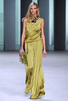 Elie Saab Spring 2011 Ready-to-Wear Fashion Show