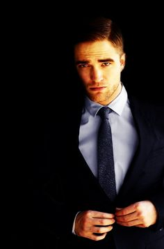 He is a great actor! Anyone who says otherwise should watch water for elephants!!!