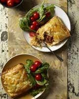 Vinnige pasteie met maalvleis en chakalaka