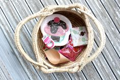 Giveaway on my blog today, the basket is NOT included :) LÖYTÖ