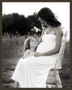 country inspiration.......beautiful pregnancy photo!!