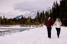 calgary maternity photographers | winter maternity session | canadian rockies photographer