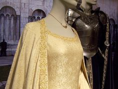 Eowyn's Gown that she wears at Aragorn's Coronation