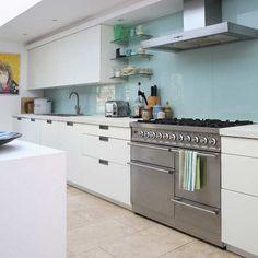 Contemporary glass splashback kitchen, @Sarah Holland another splashback. Hmmm I am enjoying this!